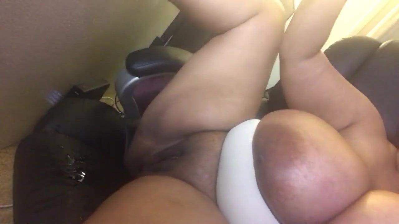 Bbw Big Tits Car Blowjob