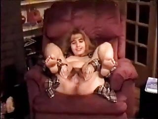 Nice teen pusssy Shawing very nice hairy pusssy
