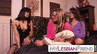 tender lesbian threesome