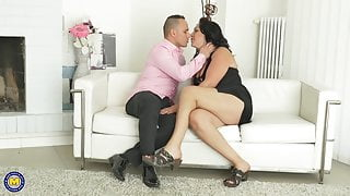 Mature mom gets doggy style from lucky son