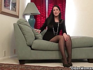 Pantyhose worn by woman - An older woman means fun part 101