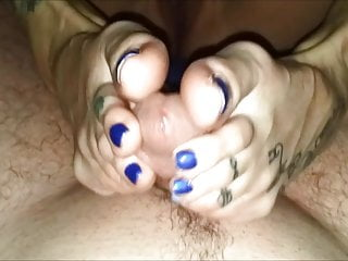 Teen painted toes - Sexy blue painted toes footjob