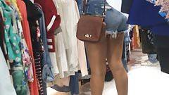 Teen Beauty Booty Cheeks in Jeans