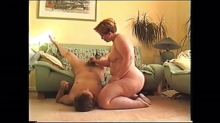 Blonde bbw fucks on the couch