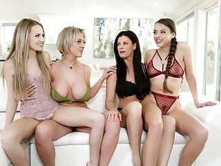 Hot Busty Stepmoms Go Down On Their Stepdaughters XhOXTtJ