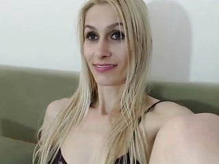 Redhead big pussy lips - Big pussy lips - blonde mature