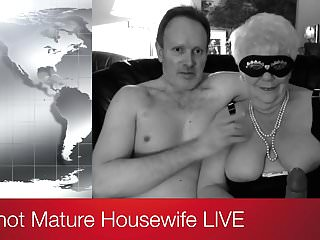 Video trailers milf - My hot mature housewife live trailer