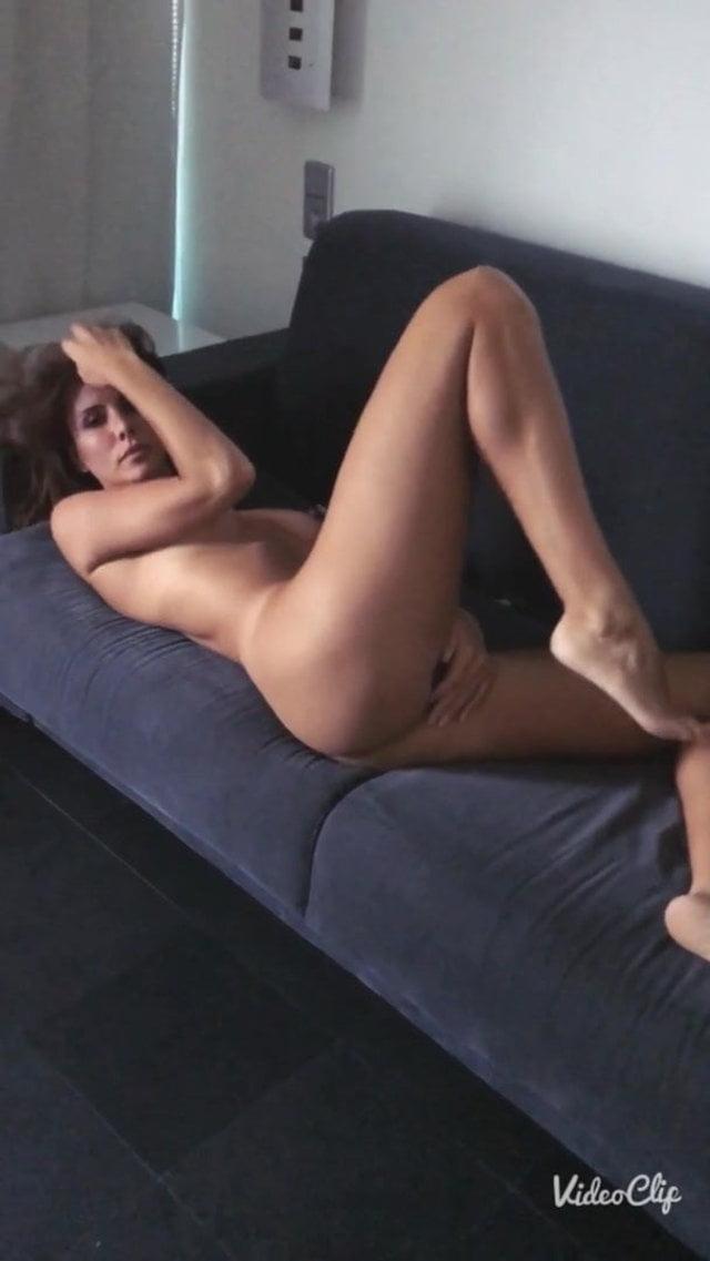 Nackt  Andja Lorein Normal Magazine