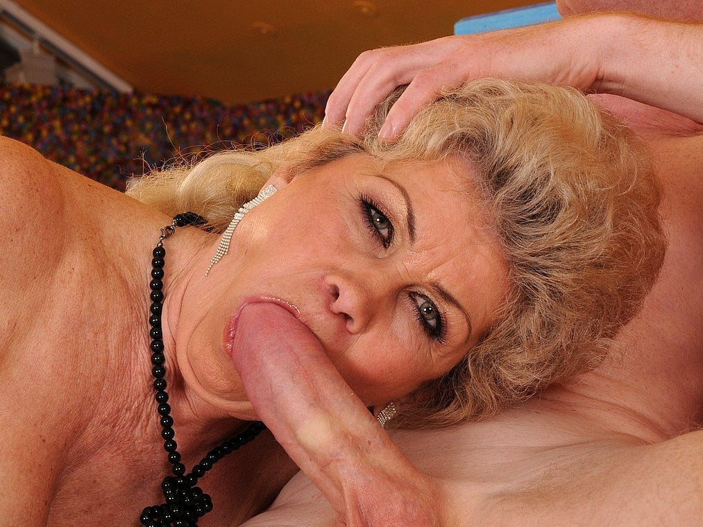 Mature granny porn sites