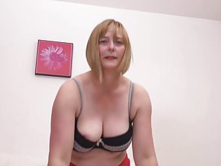 Real amateur mature tube - Real amateur mature mom with hairy pussy