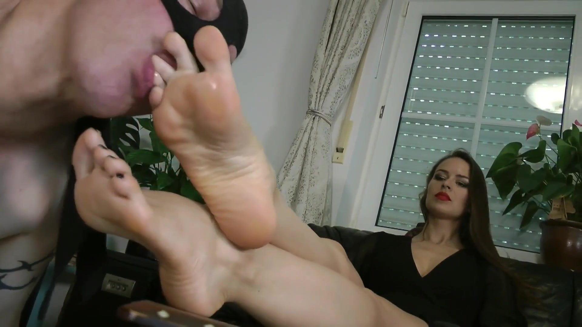 Licking Lesbisch Füße Riechen Lesbisch Riechen