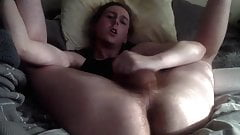 Twitter Faggot Twinnkyy Jerks Off in Bed While Parents Home