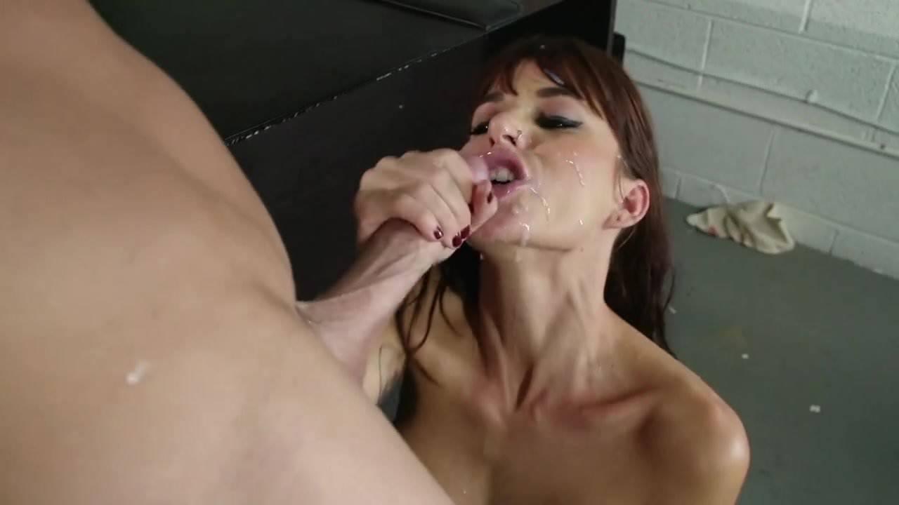 Lesbian Kissing Big Boobs Hd