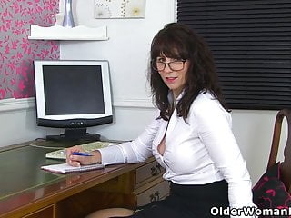 Redheads lace - Scottish milf toni lace will get you the best deal in town