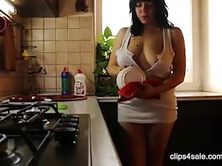 Pan grilled chicken breast Amanda svi work on kitcnen and shows her big breasts and pan