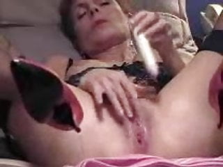 Nice looking young girl anal sex Mature with bzzzzzzzz.. looks nice..