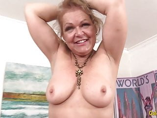 Mature boobed xxx kelly leigh - Granny kelly leigh pleasured by machine