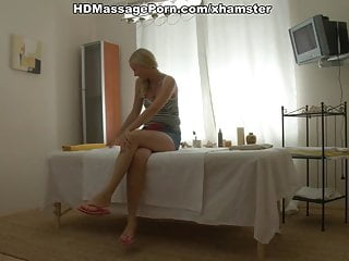 Prefessional ass massage - Hot blondie has great ass massage