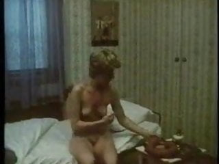 Adult clip retro - Granny fucks a huge sausage,hot retro clip