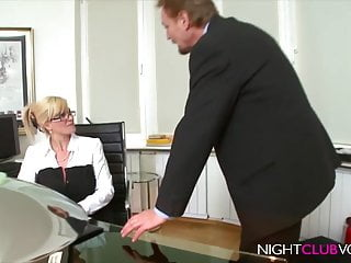 Free vod minute adult Nightclub vod - office, die notgeile chefin milf