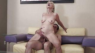 ROKO ViDEO-granny Alex