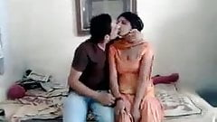 guy Ravi sucked neighbour girl Rani, full on hotcamgirls.in