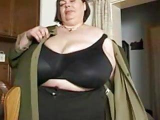 Bbw karola 3gp - Huge tits- karola