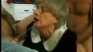 grand step mom trys gangbang with several young guys