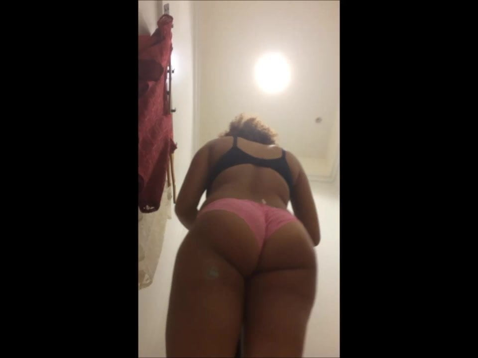 Big Ass Latina Gets Fucked Bbc