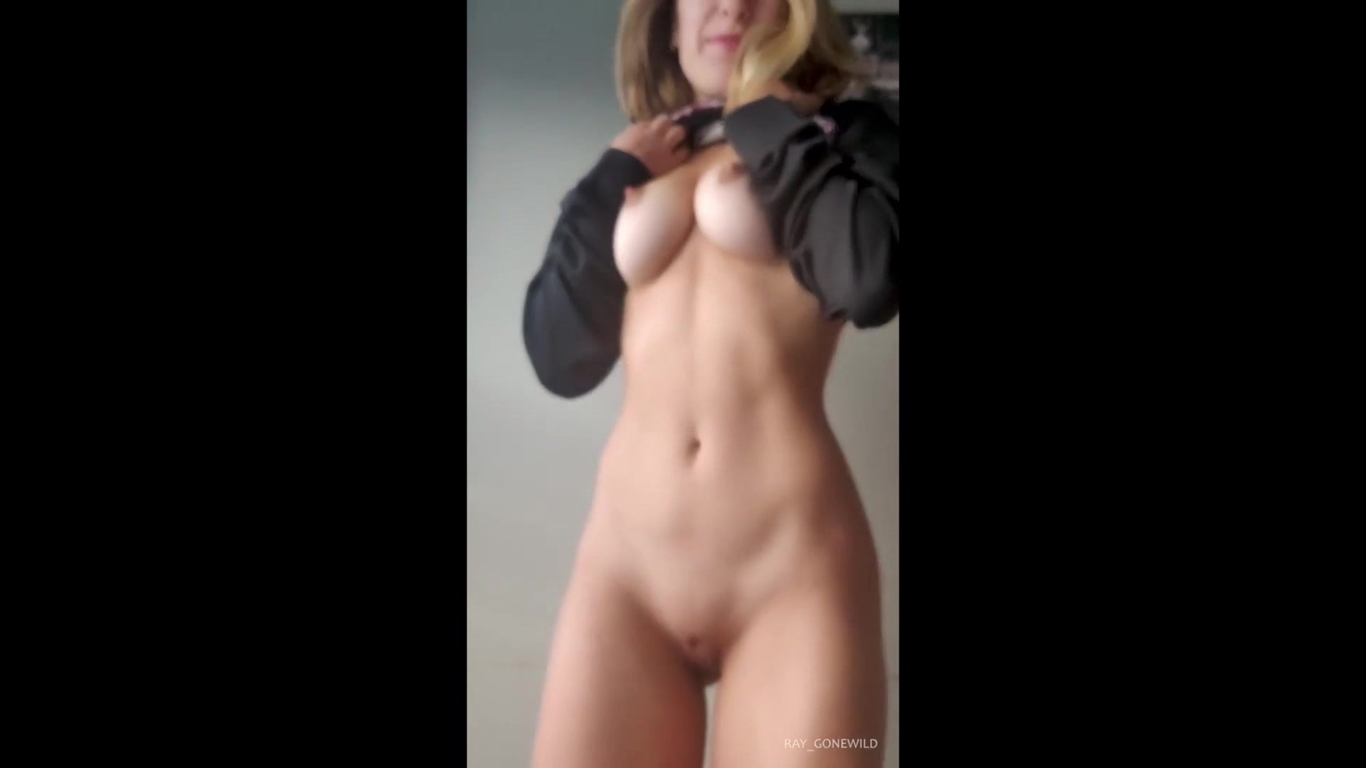 Adult topless shows