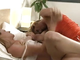 Avenue and x and escort Ariel x and samantha ryan