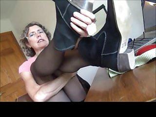 Suckable dildo Loving suckable nylon toes