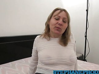 Women pissing free video - Carole french cougar affamee finie a la pisse