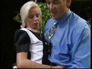 V queen sex scene Bea dumas v karen lancaume orgy..