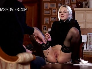 Arab device sexual strap - Girl pussy stuffed with a painful device