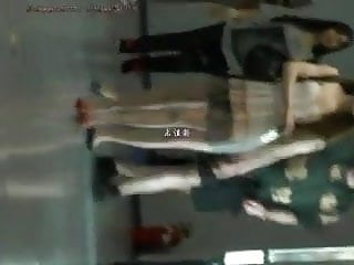 Teen girls with nice legs - Hot chinese girl has nice legs at airport