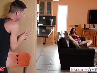 Sexy pornstars fucking - Sexy mom sara jay gets fucked and facialized