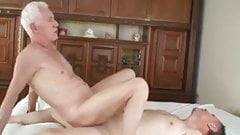 Old daddy fuck mature dad