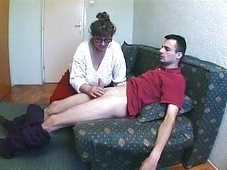 Handy man porn Russian granny loves screwing handy man