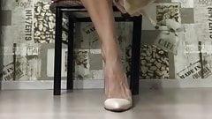 Mature sexy veiny feet and high heel