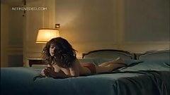 Sexy celeb Maruschka Detmers in a rare sex scene