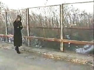 The amateur movie bridges Aldonze bitch c nude on bridge