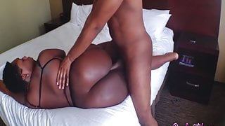 this hotel provides the best black bbw service step mom