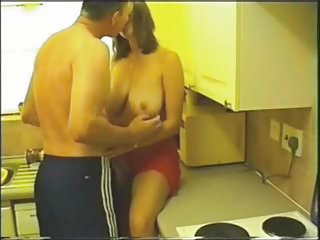 Free homade amature porn sits Homade sex in the kitchen part1