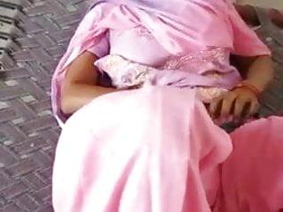 Kameez boob Indian paki punjabi woman in salwar kameez
