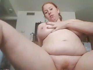 Leslie milf - Leslie from texas masturbates