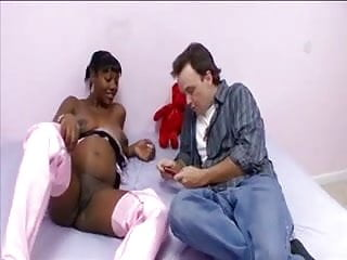 Preggo hot sex - Hot black preggo gets some white dick
