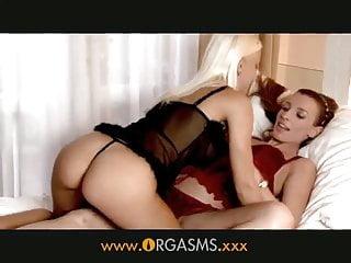 Lesbian porn orgasm - Orgasms - face riding lesbians