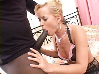 Cuckold wife banged massive black dick Massive black dick ravages white cunt