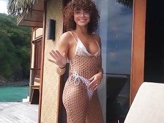 Sarah palen bikini pics Sarah hyland in a white bikini on vacation